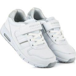Obuwie na wiązanie i rzep JANINA. Białe buciki niemowlęce AX BOXING. Za 79,90 zł.