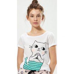 Piżamy damskie: Dwuczęściowa piżama z kotkiem – Biały