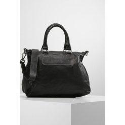 FREDsBRUDER NIFTY Torebka black. Czarne torebki klasyczne damskie FREDsBRUDER. Za 669,00 zł.