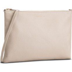 Torebka COCCINELLE - CV3 Mini Bag E5 CV3 55 F4 07 Seashell N43. Brązowe listonoszki damskie marki Coccinelle, ze skóry, zdobione. W wyprzedaży za 379,00 zł.