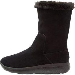 Buty zimowe damskie: Skechers ONTHEGO CITY 2 Kozaki na koturnie black