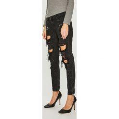 Guess Jeans - Jeansy Marylin 3 Zip. Czarne jeansy damskie rurki Guess Jeans, z aplikacjami, z bawełny, z obniżonym stanem. Za 639,90 zł.