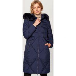 Płaszcz z kapturem - Granatowy. Niebieskie płaszcze damskie marki Mohito. Za 299,99 zł.