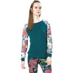 Koszulka w kolorze turkusowym ze wzorem. Niebieskie bluzki sportowe damskie Desigual Sport, s, z długim rękawem. W wyprzedaży za 130,95 zł.
