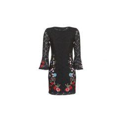 Sukienki krótkie Desigual  VERMOND. Sukienki małe czarne marki Desigual, l, z tkaniny, casualowe, z długim rękawem. Za 423,20 zł.