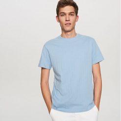 T-shirty męskie: T-shirt w prążki – Niebieski
