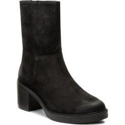 Botki VAGABOND - Tilda 4216-141-20 Black. Czarne botki damskie na obcasie marki Vagabond, z materiału. W wyprzedaży za 349,00 zł.