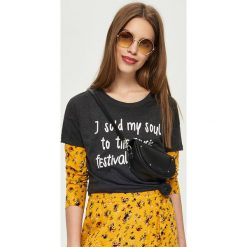 T-shirty damskie: T-shirt z nadrukiem – Szary