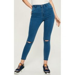 Jeansy skinny z wysokim stanem - Niebieski. Niebieskie spodnie z wysokim stanem Sinsay, z jeansu. Za 49,99 zł.