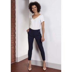 Spodnie z wysokim stanem: Granatowe Spodnie Cygaretki 7/8 z Wysokim Stanem