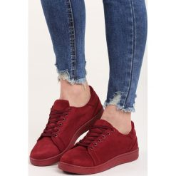 Bordowe Buty Sportowe Mr Hairy. Czerwone buty sportowe damskie marki KALENJI, z gumy. Za 59,99 zł.