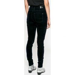Spodnie z wysokim stanem: Pepe Jeans - Spodnie Regent