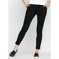 Spodnie damskie: Czarne Jegginsy For Keeps
