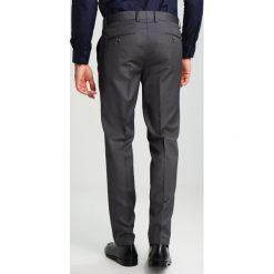 Pier One Garnitur grey. Szare garnitury marki Pier One, z materiału. W wyprzedaży za 407,20 zł.
