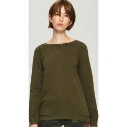 Bluza z raglanowymi rękawami - Khaki. Brązowe bluzy damskie Sinsay, l. Za 29,99 zł.