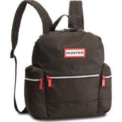 Plecak HUNTER - Original Topclip Backpack Nylon UBB6018ACD  Dark Olive. Zielone plecaki męskie Hunter, z materiału. W wyprzedaży za 309,00 zł.
