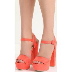 Pomarańczowe Sandały Chic Heels. Brązowe sandały damskie na słupku marki Born2be, z materiału, na wysokim obcasie. Za 79,99 zł.