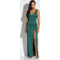 Zielona Sukienka Wieczorowa Maxi z Długim Rozcięciem. Zielone długie sukienki marki Molly.pl, na co dzień, l, z tkaniny, eleganckie, z dekoltem na plecach, bez rękawów. Za 298,90 zł.