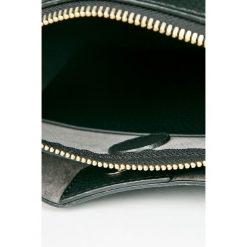 Torebki klasyczne damskie: Guess Jeans – Torebka