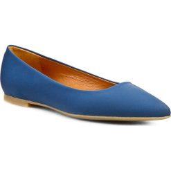Baleriny GINO ROSSI - Ella DAG278-H75-G900-5300-0 Niebieski 55. Niebieskie baleriny damskie marki Gino Rossi, z nubiku, na płaskiej podeszwie. W wyprzedaży za 199,00 zł.