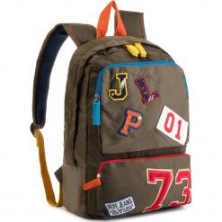 Plecak PEPE JEANS - Patches Backpack PB030193 Otter Green 751. Zielone plecaki damskie Pepe Jeans, z jeansu. W wyprzedaży za 159,00 zł.