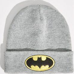 Czapka z naszywką Batman - Szary. Szare czapki damskie marki Sinsay, z aplikacjami. Za 19,99 zł.