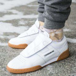 Buty Reebok x Beams Workout Lo Clean (BD5811). Białe buty skate męskie Reebok, z materiału. Za 217,99 zł.