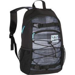 """Plecak """"Base"""" w kolorze czarno-szarym - 30 x 48 x 17 cm. Czarne plecaki męskie Chiemsee Bags, w paski. W wyprzedaży za 108,95 zł."""