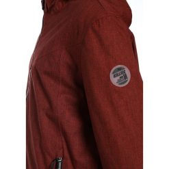 Killtec CHUCK Kurtka przeciwdeszczowa dunkelrot. Czerwone kurtki dziewczęce przeciwdeszczowe marki KILLTEC, z materiału, outdoorowe. W wyprzedaży za 144,50 zł.