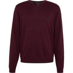 Finshley & Harding - Sweter męski z dodatkiem kaszmiru, czerwony. Czarne swetry klasyczne męskie marki Finshley & Harding, w kratkę. Za 179,95 zł.