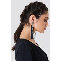 Kolczyki damskie: NA-KD Accessories Błyszczące kolczyki z wstążką - Black,Silver