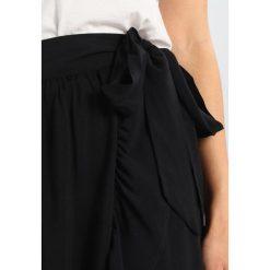 Długie spódnice: Springfield FALDA LARGA VOLANTES Długa spódnica black