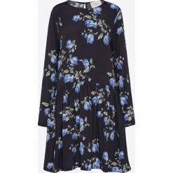 JUST FEMALE Sukienka 'Riba'  niebieski / czarny. Czarne długie sukienki JUST FEMALE, z materiału, z dekoltem na plecach, z długim rękawem. Za 167,60 zł.