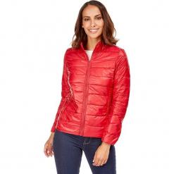 Kurtka puchowa w kolorze czerwonym. Czerwone kurtki damskie pikowane marki Snowie Collection, s, z puchu. W wyprzedaży za 159,95 zł.