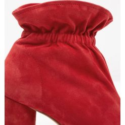 Buty damskie: KG by Kurt Geiger RAGLAN Botki red