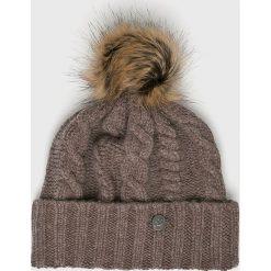 New Balance - Czapka. Szare czapki zimowe damskie New Balance, na zimę, z dzianiny. W wyprzedaży za 129,90 zł.