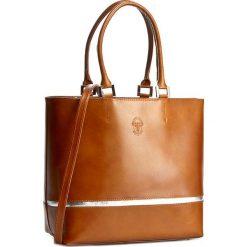 Torebka CREOLE - RBI10159 Koniak/Srebrny. Brązowe torebki klasyczne damskie Creole, ze skóry. W wyprzedaży za 239,00 zł.