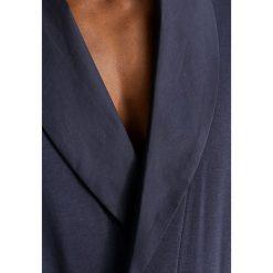 Hanro NIGHT & DAY Szlafrok black iris. Niebieskie szlafroki męskie Hanro, m, z bawełny. W wyprzedaży za 566,10 zł.