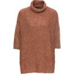 Sweter oversize bonprix stary róż. Czerwone golfy damskie marki Lemoniade, na lato, ze splotem, z asymetrycznym kołnierzem. Za 69,99 zł.
