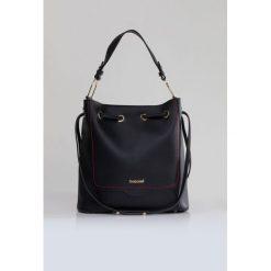Torba-worek z przeszyciami. Szare torebki klasyczne damskie marki Monnari, ze skóry. Za 99,60 zł.