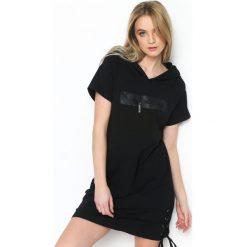 Sukienki hiszpanki: Czarna Sukienka Sporty Look