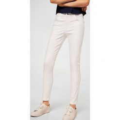 Spodnie damskie: Mango - Jeansy Elektra