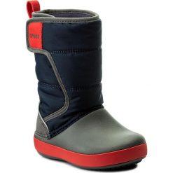 Buty zimowe chłopięce: Śniegowce CROCS – Lodgepoint Snow Boot K 204660 Navy/Slate Grey