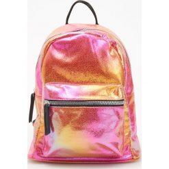 Torebki i plecaki damskie: Błyszczący plecak - Pomarańczo
