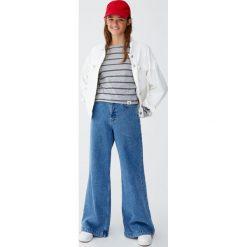 Koszulka w paski z długim rękawem. Szare t-shirty damskie Pull&Bear, w paski. Za 59,90 zł.