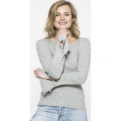Tally Weijl - Sweter SPUACGOLIND. Czerwone swetry klasyczne damskie marki TALLY WEIJL, l, z dzianiny, z krótkim rękawem. W wyprzedaży za 59,90 zł.