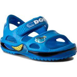 Sandały CROCS - Crocband II Finfingdory Sandal 203071 Ocean. Niebieskie sandały chłopięce marki Crocs, z tworzywa sztucznego. W wyprzedaży za 139,00 zł.