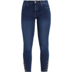 New Look ANKLE GRAZER  Jeans Skinny Fit mid blue. Czarne jeansy damskie marki New Look, z materiału, na obcasie. Za 149,00 zł.