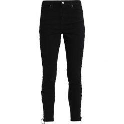 Topshop JAMIE Jeans Skinny Fit black. Czarne boyfriendy damskie Topshop. W wyprzedaży za 231,20 zł.