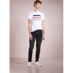 Bogner ROCK Tshirt z nadrukiem weiss. Szare koszulki polo marki Bogner, m, z nadrukiem, z bawełny. Za 299,00 zł.